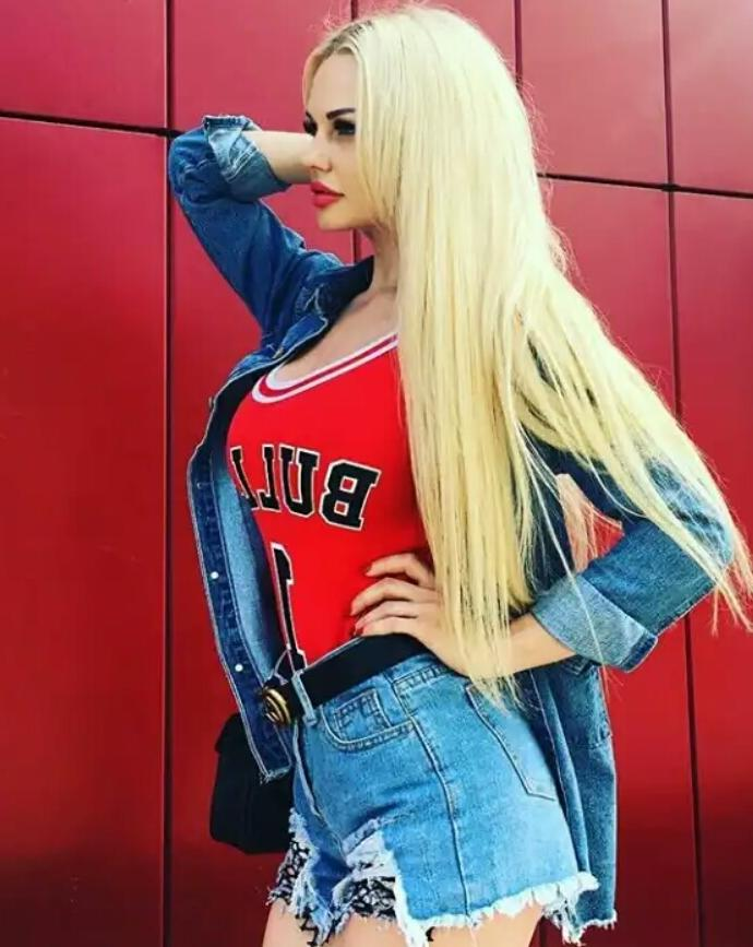 Проститутка Аллачка, 21 год, метро Спортивная