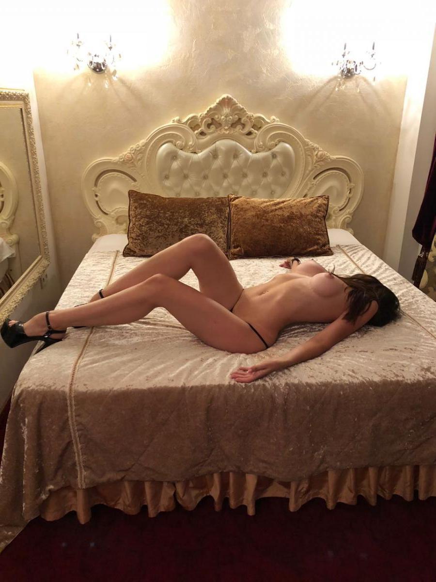 Проститутка Зарина, 21 год, метро Тверская